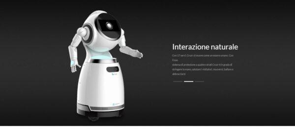 CRUZR Robot di servizio umanoide intelligente, personalizzato, basato su cloud